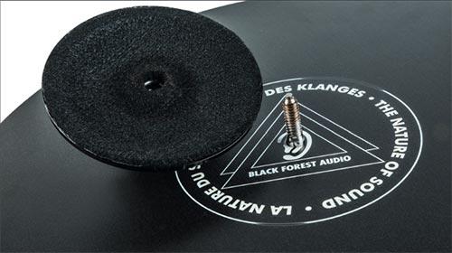Die neue Plattentellerauflage DÄD!MÄT von Blackforest Audio ist jetzt bei Alex Giese Hannover verfügbar!